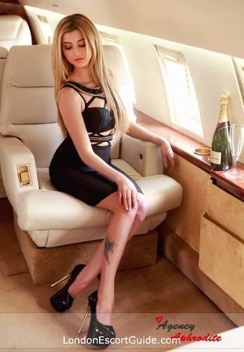 Marble Arch blonde Cezy london escort