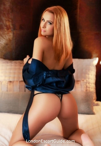 South Kensington brunette Eva london escort