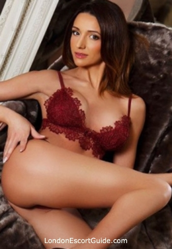 Bayswater blonde Evona london escort