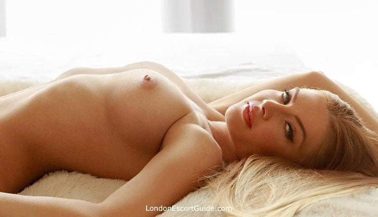 Paddington blonde Aysha london escort