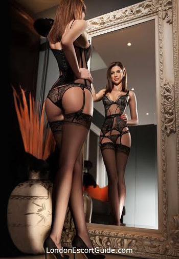 Kensington brunette Ramona Desire london escort