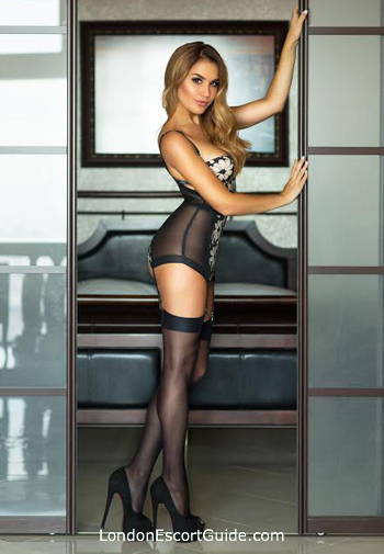 South Kensington blonde Sandra Flirt london escort