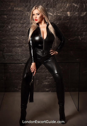 Bayswater busty Sindy Doll london escort