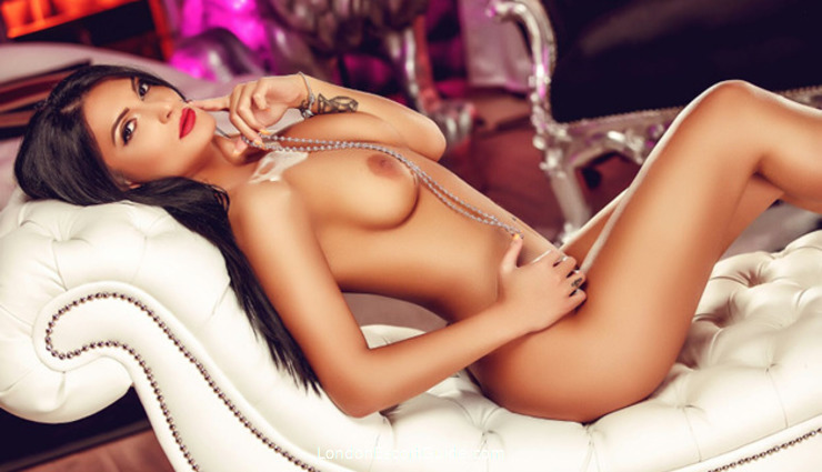 Marble Arch  Pearl london escort