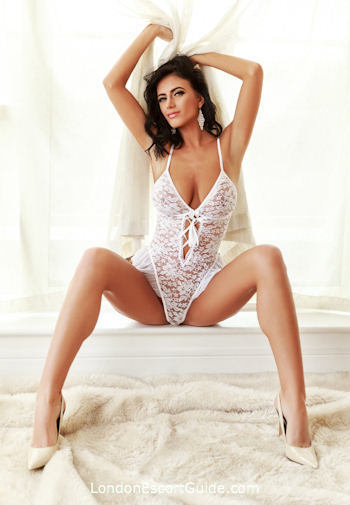 South Kensington brunette Amedeia london escort
