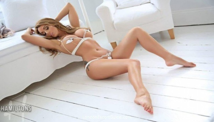 Central London 300-to-400 Stacey Saran london escort