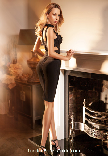 Chelsea elite Tina london escort