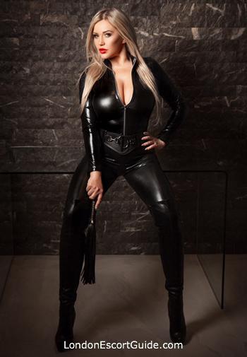 Bayswater blonde Arabella london escort