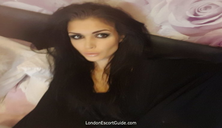 central london busty Saskia london escort