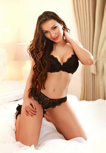Central London brunette Stimula london escort