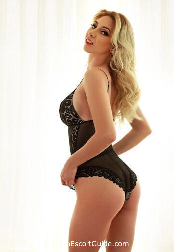 Paddington blonde Lena london escort