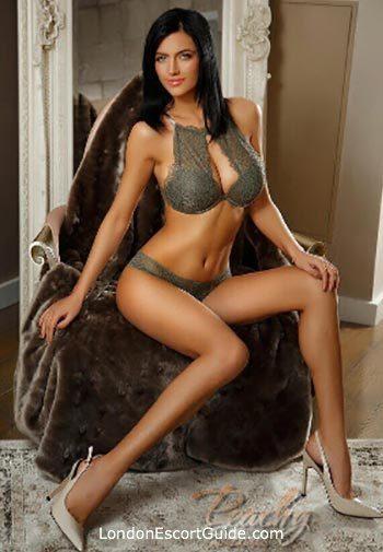 South Kensington brunette Amedeia london escort