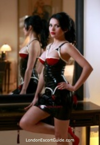 Marble Arch 200-to-300 Mistress Rosa london escort
