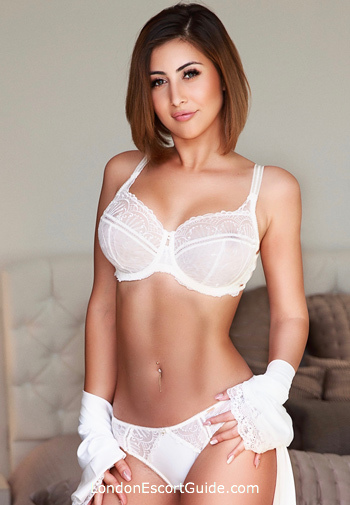 Bayswater 200-to-300 Fernanda london escort