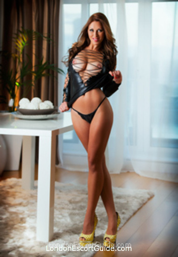 Central London busty Martina london escort