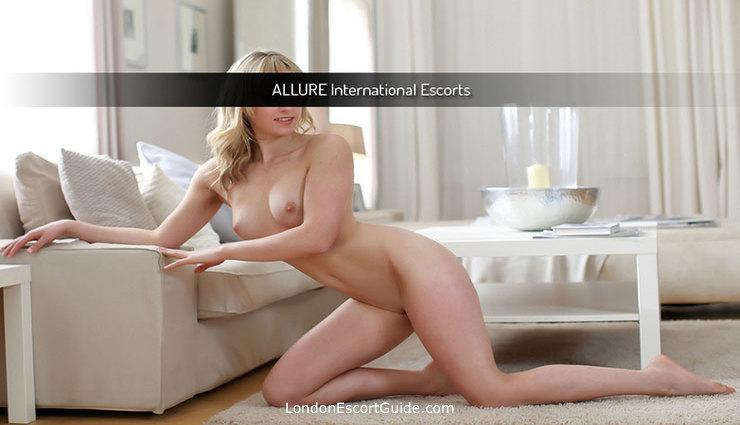 Victoria english Tara london escort