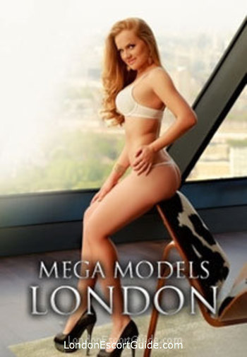Chelsea blonde Jasmine london escort
