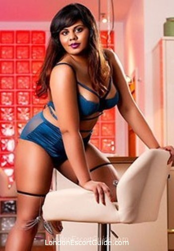 Bayswater busty Damini london escort