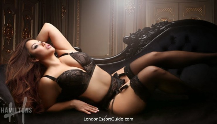Marylebone pvc-latex Veronica london escort