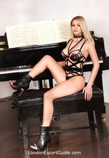 Paddington under-200 Mimi london escort