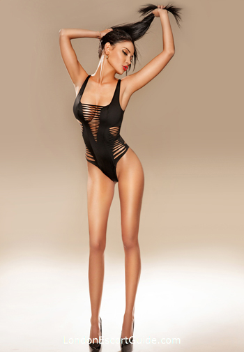 Mayfair east-european Roberta london escort