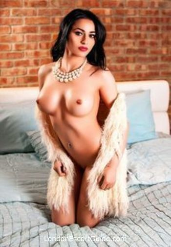 Notting Hill value Jessica london escort