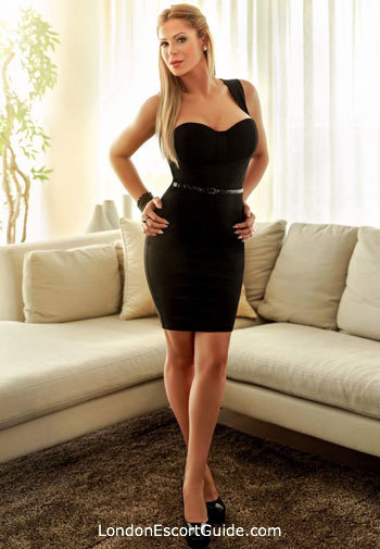 Kensington busty Lilly london escort