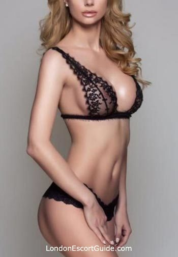 Outcall Only blonde Ashley london escort
