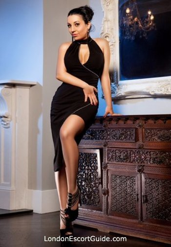 Mayfair a-team Amelia london escort