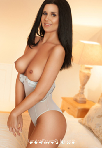 Edgware Road busty Soraya london escort