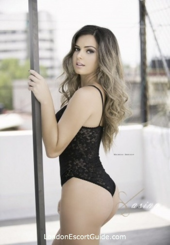 Outcall Only blonde Ariana london escort