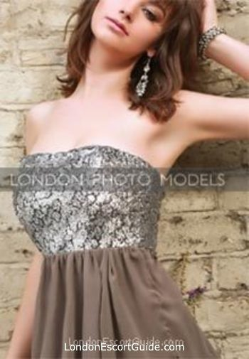 Outcall Only brunette Penelope london escort