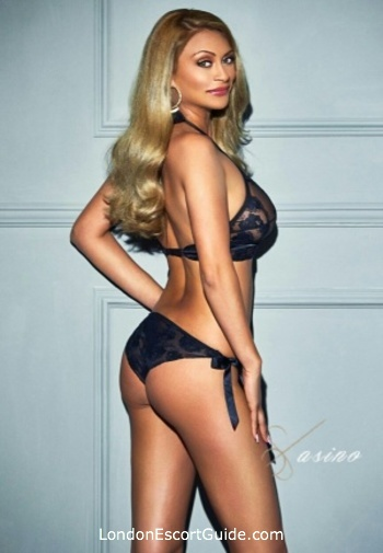 Central London blonde Eliana london escort