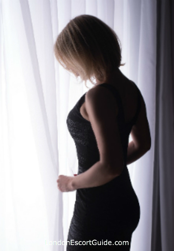 Earls Court blonde Famke B london escort