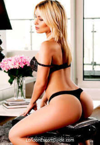 Earls Court latin Victoria london escort