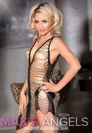Kensington blonde Josie london escort