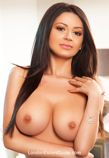 Edgware Road busty Ellie london escort