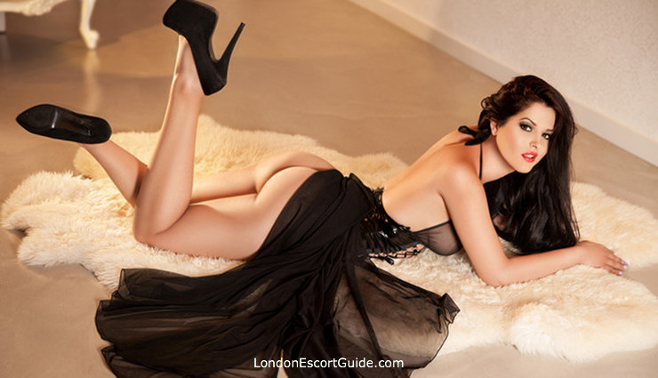 Gloucester Road 200-to-300 Caroline london escort