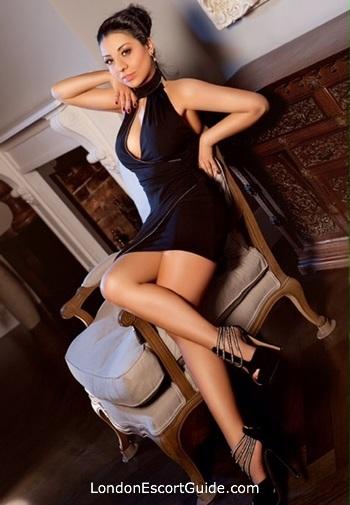 Central London massage Paige london escort