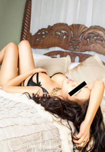 Central London busty Sasha london escort