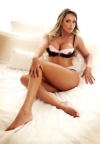Central London 300-to-400 Yummy london escort