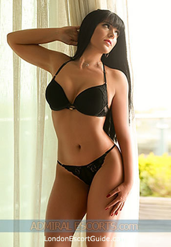 Paddington brunette Isadora london escort