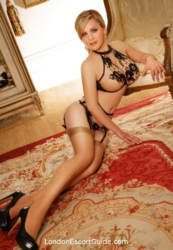 Paddington blonde Dolly london escort