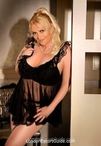 Archway blonde Dorthe london escort