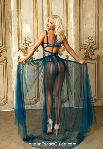 Paddington blonde Desiree london escort