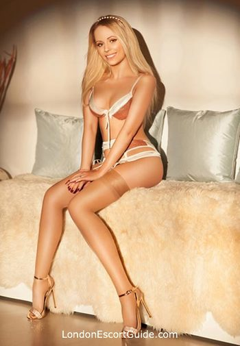 Chelsea petite Brooke Maze london escort