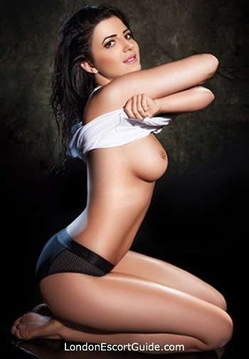 Earls Court massage Dana london escort
