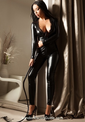 Oxford Street pvc-latex Mistress Axelle london escort