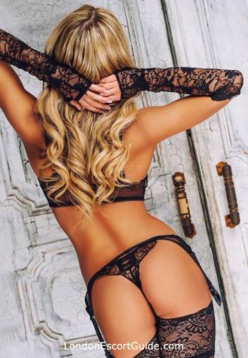 Bayswater blonde Adelly london escort