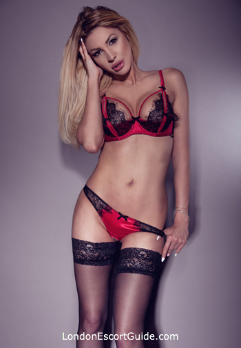 Bayswater blonde Clara london escort